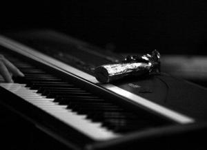 Georg von Weihersberg, E-Piano, Weihnachtsmann (v.r.)