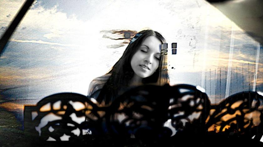 Lisa Morgenstern by Wieglas